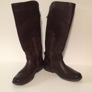 Frye brown leather boots size 6